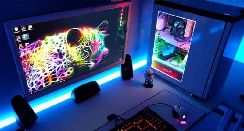 PC, luces